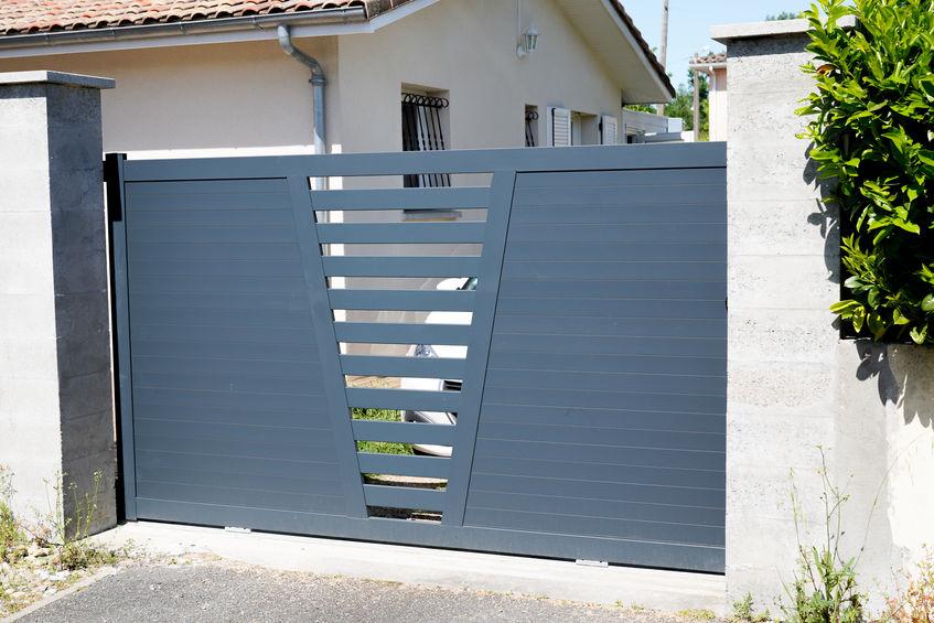 Devis gratuit pour pose de portail aluminium sur mesure à Dijon